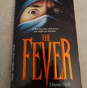 Other - 🌷The Fever By Diane Hoh